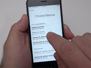 Automatic and Manual iPhone Backups