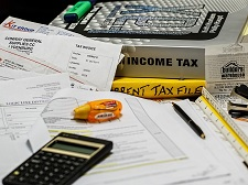 New IRS Tax Scammers Use Personal Data For Big Returns
